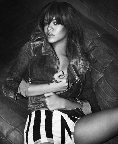 Rihanna Armani lingerie and jeans campaign Rihanna for Emporio Armani Lingerie and Jeans Spring/Summer 2012