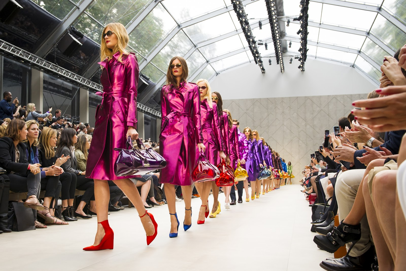 Burberry_Prorsum_Womenswear_Spring_Summer_2013_Show_-_Finale