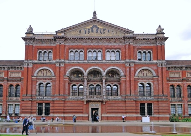Optimized-victoria-and-albert-museum-london